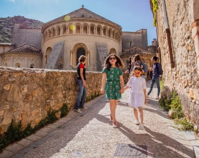 Guided tour of Saint Guilhem le Désert