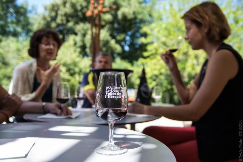 Atelier dégustation vinotheque de la maison du Grand Site de France